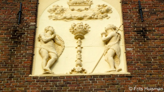 Harkstede protestantse kerk, offertafereel met Elia en Johannes de ...
