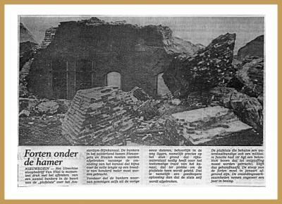 In 1982 is een groot deel van het fort De Batterijen gesloopt voor de verbreding van het Amsterdam-Rijnkaal. Eigenlijk lag de Plofsluis in de weg, maar die was te massief om af te breken en daarom moest het fort eraan geloven.