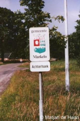 Achterhoek, het oude plaatsnaambordje van vóór de gemeentelijke herindeling van 2001