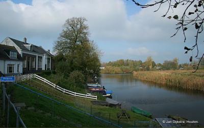 Acquoy aan de Linge, de langste rivier van Nederland binnen de landsgrenzen