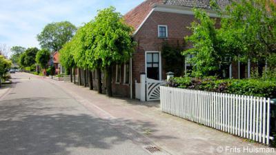 Adorp monumentaal pand in de Torenstraat