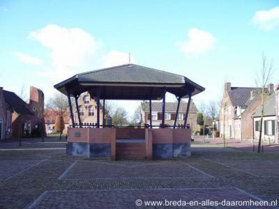 Alphen, muziekkoepel Pastoor Binckplein/Heuvelstraat