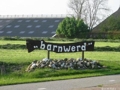 Ook op dit bord in de buurtschap Barnwerd stond de plaatsnaam aangegeven. Helaas is dit bord inmiddels verdwenen.