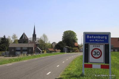 We naderen de stad Batenburg