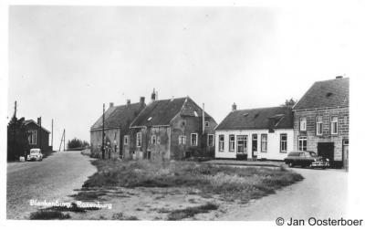 Blankenburg, dorpsgezicht uit ca. 1957, vlak voor haar ondergang dus...