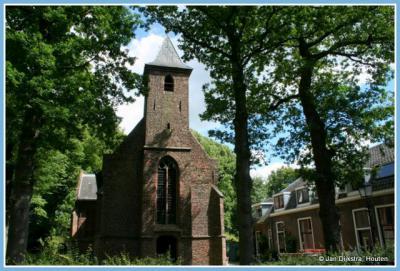 Dit kerkje is de naamgever van buurtschap Blauwkapel en het gelijknamige fort