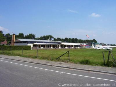 Bosschenhoofd heeft lange tijd (ook) Seppe geheten en sommige instanties in het dorp heten nog steeds zo. Vliegveld Seppe heeft decennialang zo geheten, maar het moet mee in de vaart der volkeren, daarom heet het tegenwoordig Breda International Airport.