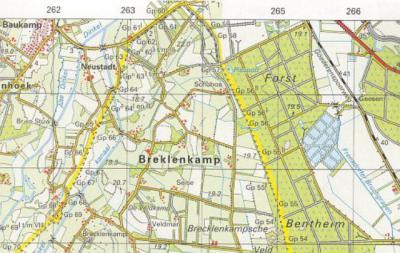 Hier is duidelijk te zien dat Breklenkamp nog steeds een apart van het dorp Lattrop gelegen buurtschap is. Toch bestempelt de gemeente deze plaatsen als 1 'tweelingdorp' Lattrop-Breklenkamp.