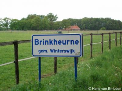 Brinkheurne is er een van de reeks buurtschappen die als een krans rond het dorp Winterswijk liggen. De buurtschap beslaat een groot grondgebied, maar heeft geen 'bebouwde kom' wegens de verspreide bebouwing en heeft daarom witte plaatsnaamborden.