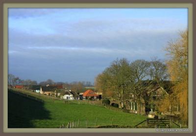 Buurtschap Honswijk aan de Lekdijk. Een buurtschap om in te lijsten.