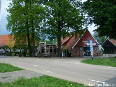 Corle (buurtschap van Winterswijk), Corleseweg hoek Meenkmolenweg.