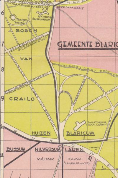 Op deze oude kaart is nog duidelijker te zien dat in het gebied Crailo een viergemeentepunt ligt, nl. een 'kruispunt' waar de grenzen van de gemeenten Blaricum, Hilversum, Huizen en Laren bijeenkomen. Op deze kaart is het nog een bijna-viergemeentepunt.