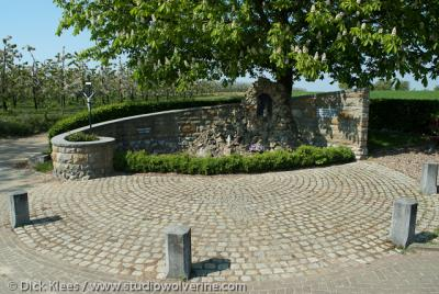 Herkenrade (buurtschap van Sint Geertruid), Mariagrot.
