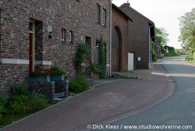 Moerslag (buurtschap van Sint Geertruid), Boerderijen aan de straat