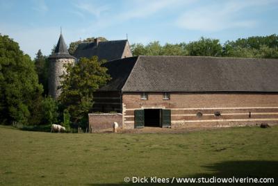 Wittem, de kasteelboerderij van Kasteel Wittem is nog in bedrijf
