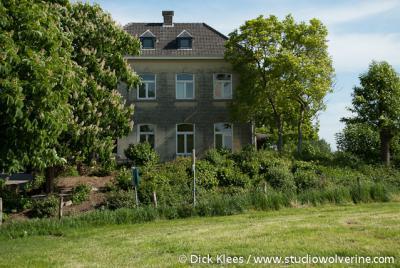 Scheulder, herenhuis, opgetrokken in mergelsteen