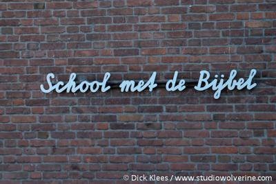Nieuwerkerk, school met de bijbel