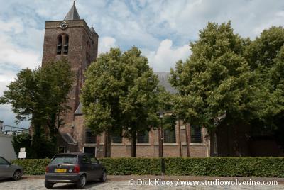 De Hervormde Maartenskerk van Baarland dateert uit 1321