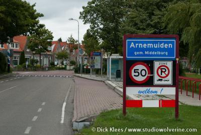 Arnemuiden is een dorp in de provincie Zeeland, in de streek Walcheren, gemeente Middelburg. Het was een zelfstandige gemeente t/m 1996.