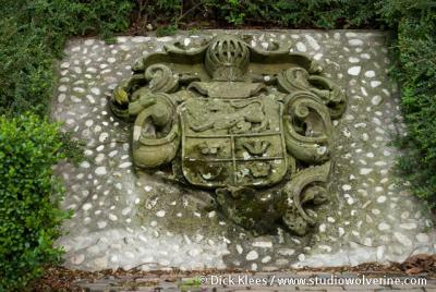 Kleverskerke, steen met wapen familie Van den Brand