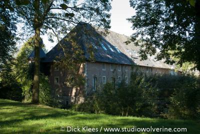 Lemiers, kasteelboerderij bij kasteel Gen Hoes