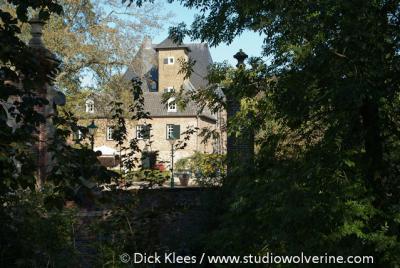 Lemiers, hoofdgebouw kasteel Gen Hoes