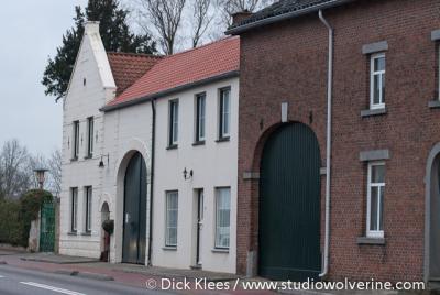 Arensgenhout, Limburgse hoeve