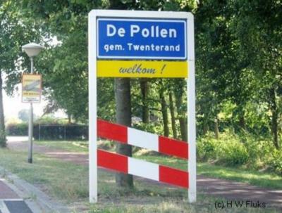 De Pollen is een heus dorp met alles d'r op en d'r an (waaronder een 'bebouwde kom'), maar ligt voor de postadressen 'in' Vriezenveen