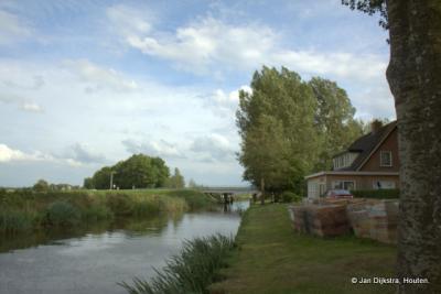 Buurtschap De Laatste Stuiver, gelegen aan de Strobosser Trekfeart.