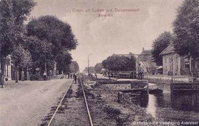 Ook blijkens deze ansichtkaart, uit ca. 1910, valt de buurtschap Sluis 7 deels onder het dorp Lutten