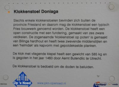 Het verhaal van de klokkenstoel in Doniaga