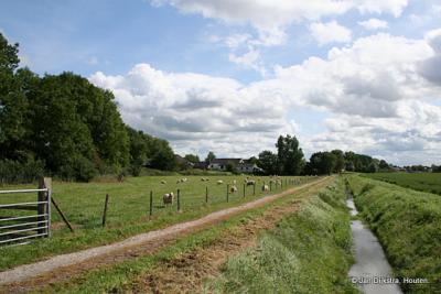 Een mooi wandelpad in Drieborg.