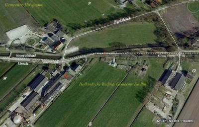 Grensgeval Egelshoek op de kaart: in het N de weg Egelshoek in Noord-Holland, in het Z de wegen Kanaaldijk en Graaf Floris V weg in Utrecht. De rode F is de plek waar de grensgevalfoto van hieronder is gemaakt.