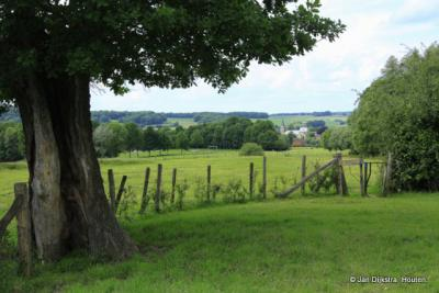 """Het landschap bij Elzet, met """"beneden"""" Mechelen"""