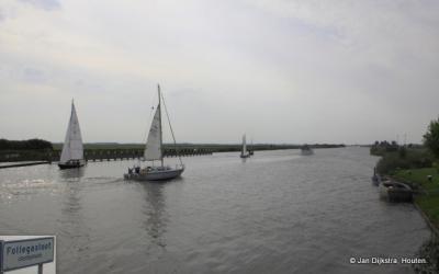 Follegasloot, nou ja sloot? De verbinding tussen Tjeukemeer en de Groote Brekken.