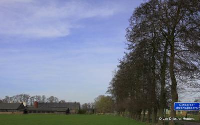 Buurtschap Ginkel, bij Leersum, ligt aan enkele zeer landelijke weggetjes, waaronder de weg Ginkelsedwarsakkers