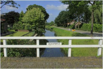 De Graafbrug in het O uiteinde van buurtschap Graaf. O ervan loopt de Enge IJssel, W ervan de Lopikerwetering, die voor het deel door buurtschap Graaf ook wel Graafstroom werd genoemd.