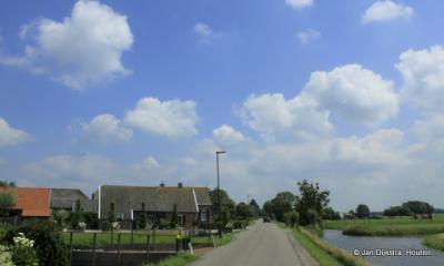 De langgerekte buurtschap Graafland, gezien naar het oosten