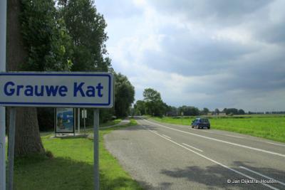 Bij buurtschap Grauwe Kat.