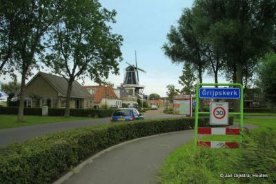 Grijpskerk is een dorp in de provincie Groningen, in de streek en gemeente Westerkwartier. Het was een zelfstandige gemeente t/m 1989. In 1990 over naar gemeente Zuidhorn, in 2019 over naar gemeente Westerkwartier.