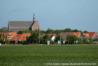 Burgh-Haamstede, in het dorpsgezicht van dorpsdeel Haamstede neemt de kerk een dominante plaats in