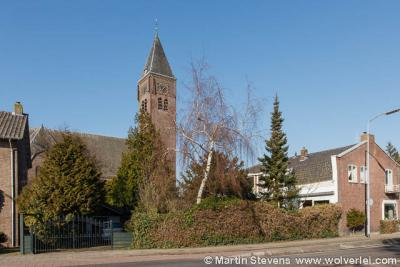 Halfweg, de Grote Kerk, die gesloopt gaat worden (foto maart 2013)