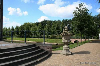 Toegang tot kasteel Heemstede in Houten.