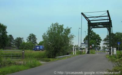't Beijersche, de monumentale ophaalbrug die wegens beschadiging door een verkeersongeluk rond 2000 was verdwenen, is in 2006 gelukkig gerestaureerd en herplaatst.
