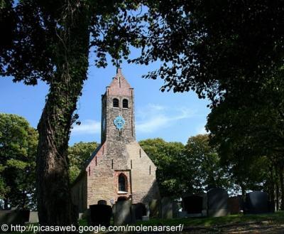 Hijum, kerk uit de 12e eeuw.