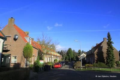 Midden in IJsselaan.