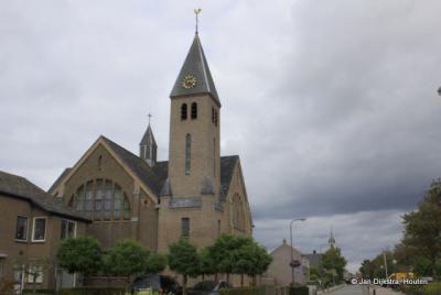 Protestantse (PKN) kerk De Ark in Kamperland is in 1923 gebouwd als Gereformeerde kerk. Na de fusie van de lokale Hervormden en Gereformeerden tot PKN is dit de PKN-kerk geworden en is de Hervormde kerk afgestoten.