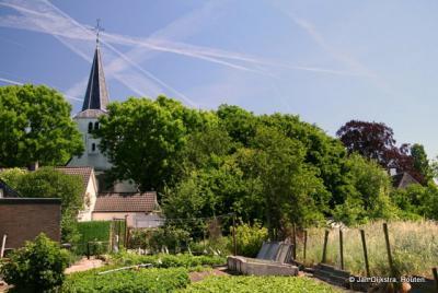 Het zo landelijke Kerk-Avezaath