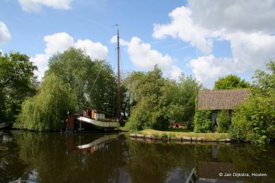 Buurtschap Kromme Mijdrecht ligt aan het gelijknamige riviertje.