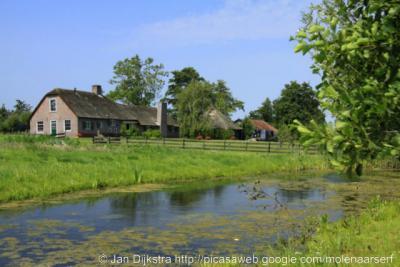 Lagebroek is zeer landelijk gelegen